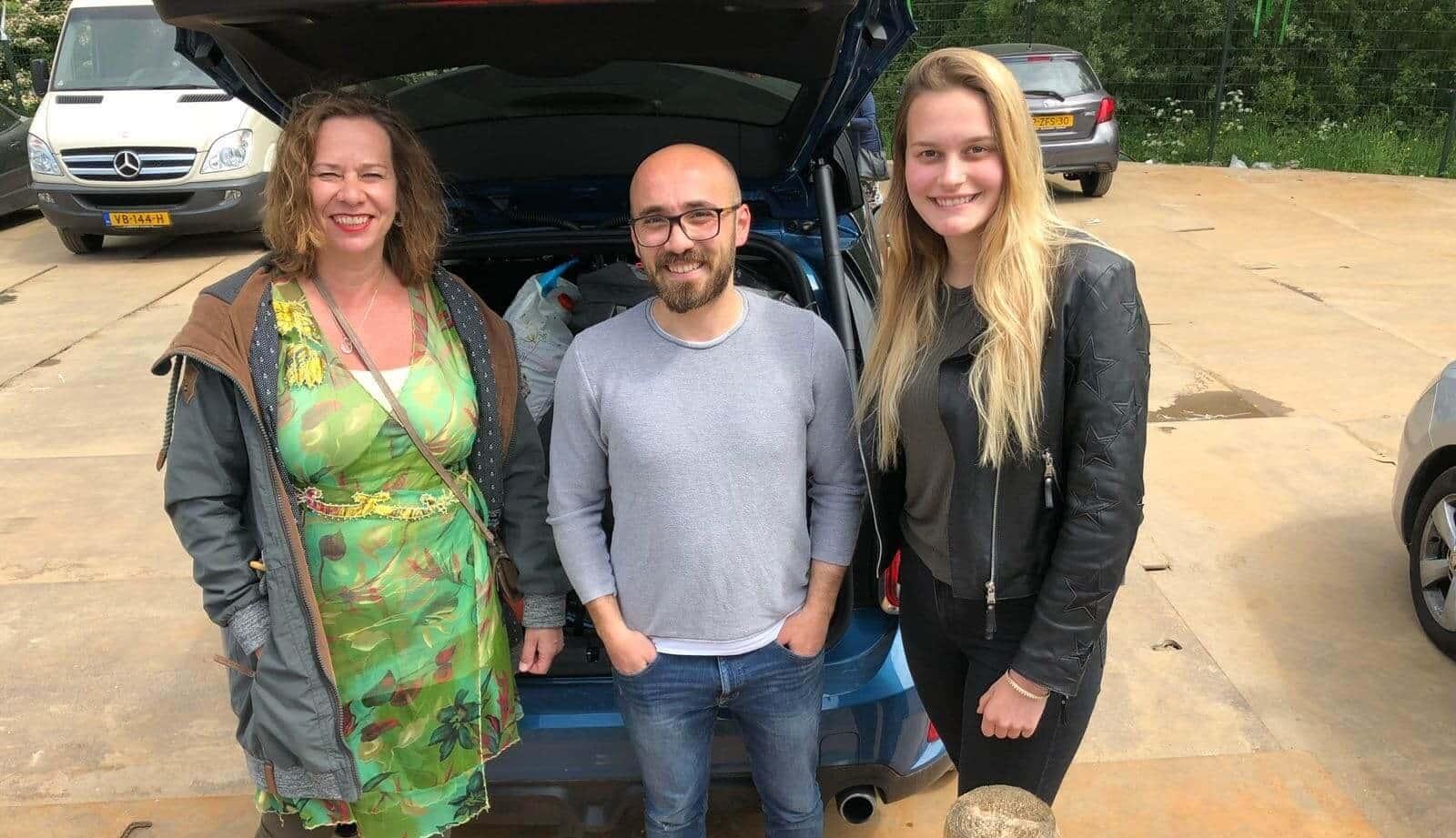 Nicole, Megan en Bilal